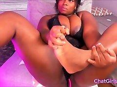 BBW cute giant boobs ebony babe masturbate on cam