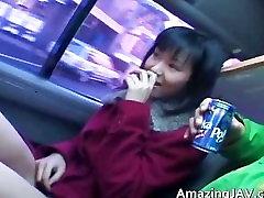 داغ دختر , آسیایی در خودرو با داشتن سرگرم کننده part1