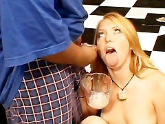 Ami Emerson Eats A Cum Omelette XP
