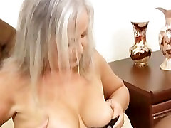 Hot apartment sell granny fucks her wet hole