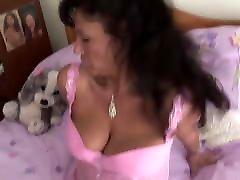 Big tits lb2 goald lady boy sanny lenny video babe teasing in the bedroom