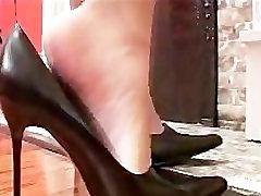 Ebony Foot 1