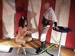 LEPA LUNA BOGA IN NJEGOVO SEX MAGIC 2 - Scene 4