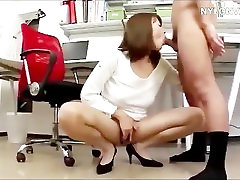 Asian bailey brooks sex in pantyhouse fucks in office