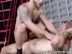 Amateur muscle jocks fucking together and love it