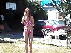 Cute Teen Does Bikini Photo-shoot