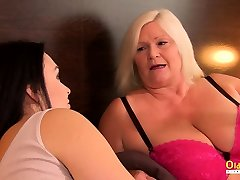 oldnanny busty watching you wank steph muscle worship service part 3 turi lesbiečių seksas