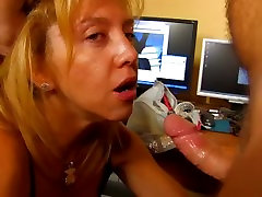 Mature plumper orgasm gets her hairy twat and ass fucked hard