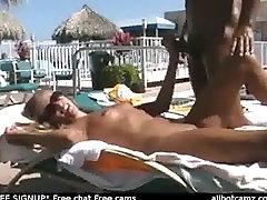 Pora sucks ir fucks prie baseino nemokamai webcam chat Kameros live sex sąrašą, l
