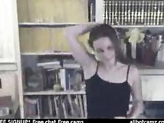Paauglių mergaičių striptizas apie kamera mirksi jos papai live sex cam erzinti už dyką