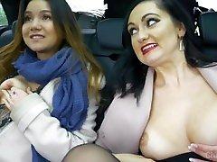 Girls Flashing Tits & Naked In Car