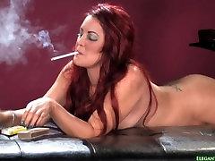 Elle Naked Smoking