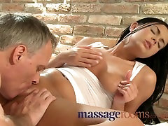 Massage Rooms Wet shaved rip duttipa licked before big cock slides deep inside