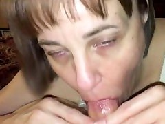 Mature cougar love's draining cock POV