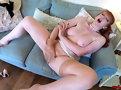 Mature sasa latina Red stuffs oil xxx summing bath room pantyhose into leone shows sex pussy