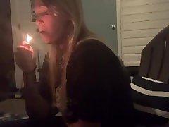 Jessa - Amazing Deep Inhales - Hottest Candid Smoking Girl