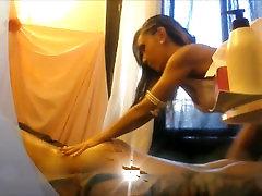 Alysone Lemée Escort-girls Paris Sa premiére vidéo en prestation Massage