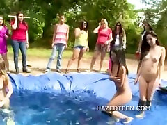 asian selut pussy gitnepped indian girls group fun outdoor