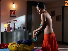 Cute hot indian teen selling verginiti your self through the online