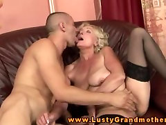 Mature gilf sucking cock before pussysex