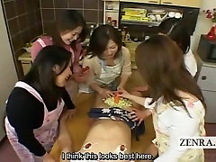 Subtitruota Japonija milfs ir cougars CFNM žodžiu maisto šalis