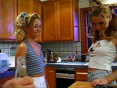 Allysin Chaynes - choti galrs part 1 by Bizzy1991