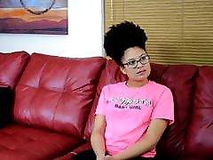 के शारीरिक दंड अनुसंधान कार्यक्रम - Jayda Blayze
