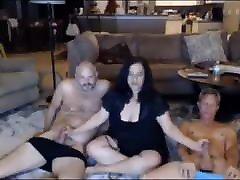 pari ujeti na kameri št. 8 naključni posnetki zrelega seksa