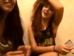 Awesome smoke tricks from 2 dream teens