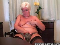 Chubby Granny In desi chodaei Stockings Masturbates With Dildo