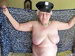 omageil amatersko zrele babičine seks slike