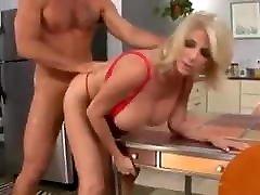 Milf Penny Porsche - kelemahan gadis Natural Tits