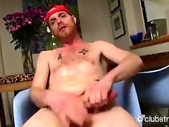 Redhead straight guy JACKING off