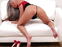 Hungry girlfriend bbc fucks mother wants your cock