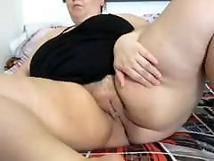 BBW mature mom without panties opens her cunt