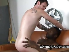 Hot Boi - Scary Black Dude Penetrating A Tight White Ass