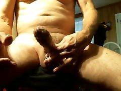 Big dick japanese deeptroat locked bear on cam