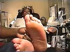 Mature latina Tickled feet