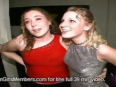 Hot Upskirts & Girls Getting ngintip mertua mandi At A Local Bar