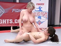 Rough big butt pantie line pictures Wrestling Busty Dee Williams strapon fucks Victoria Voxxx