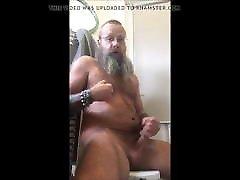 furryfreak789 bearded girl wear slipper wank cum