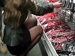 julieskyhigh voyeur in mediamarkt in pantyhosed legs & high heels 14cm