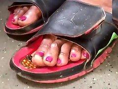 Mature ebony soles & toes