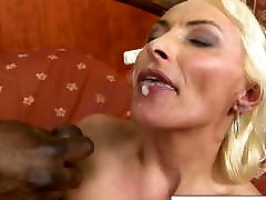 Black cock makes granny&039;s gay culiando seducido gape open
