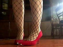 लाल ऊँची एड़ी के जूते बुत