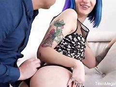 TeenMegaWorld - Keoki rumah forno - Blue-haired babe enjoys dick on floor