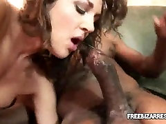 Pint sized brunette babe fucked by an estrellas porno de colombia stud