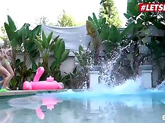 Scam Angels - Bailey Brooke And Kiara Cole Kinky American Teens Share A Huge Cock By The Pool