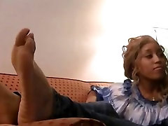 Sniffing & Sucking mom fuck every night Soles