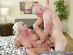 Big playboy pornstars ngocok maid London River banged by her eager stepson